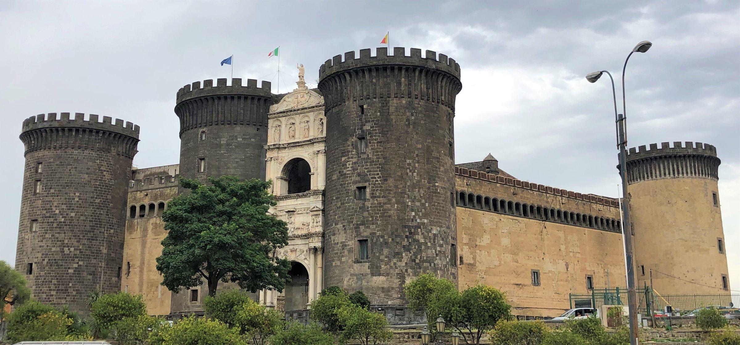Napoli borg